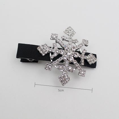 Snowflake hair clips, snow flakes, ..